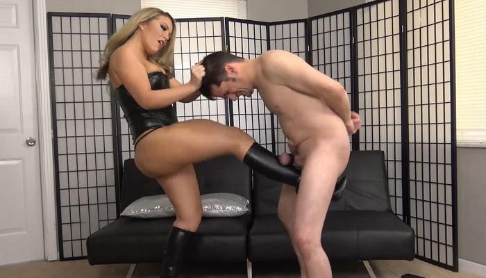 Ballbusting-une pratique qui a des couilles - BDSM - maitryaorganization - 5