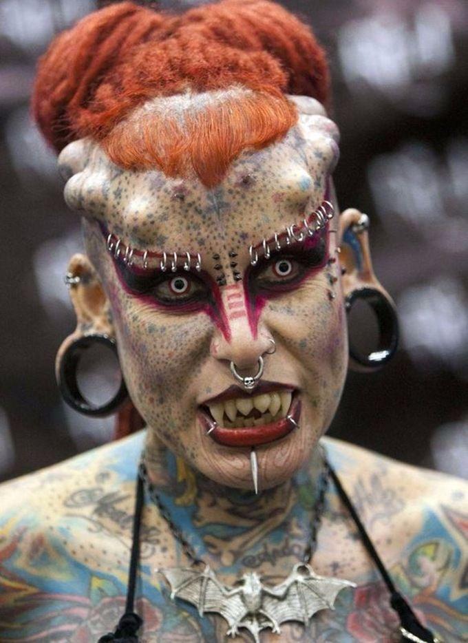 stigmatophilie-body-piercing-bdsm-addiction-maitryaorganization-1